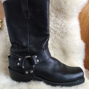 Durango black leather moto boots